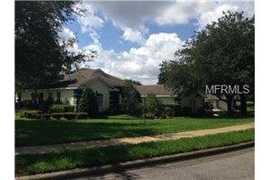 831 Mystic Oak Pl, Apopka, FL 32712
