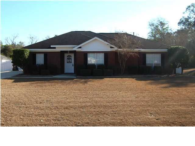 Foreclosure Home For Sale - 101 Kenneth Moss Ct, Creola, Alabama 36525
