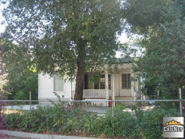 1152 N Raymond Ave, Pasadena, CA