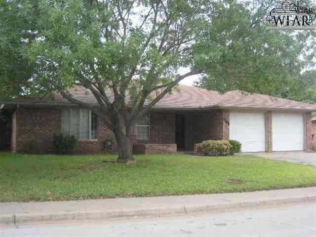 1709 meadowcliff dr wichita falls tx 76302 home for for Home builders wichita falls tx