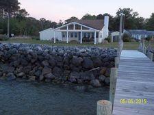 276 E Shore Dr, Gwynn, VA 23066