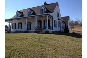 2890 Saint James Rd, Greeneville, TN 37743