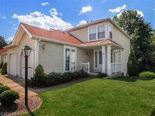 1202 Pinecrest Pl # 5-A, Willoughby, OH 44094