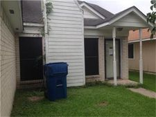 915 Macclesby Ln, Channelview, TX 77530
