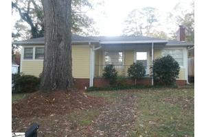 330 Grove Rd, Greenville, SC 29605