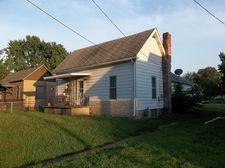 109 E North St, Sesser, IL 62884