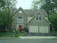 307 Shelly Dr, Sinking Spring, PA 19608