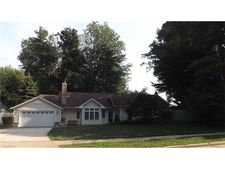 7584 Salida Rd, Mentor On The Lake, OH 44060