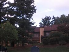 987 Hampton Ridge Dr, Akron, OH 44313