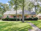 4119 Willow Hill Dr, Taylor Lake, TX 77586