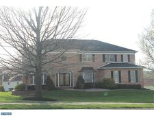 2070 Country Club Dr, Doylestown, PA 18901