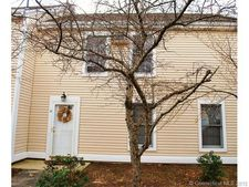54 Rope Ferry Rd Unit B39, Waterford, CT 06385