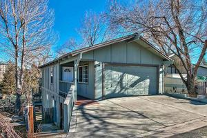 511 Thompson St, Carson City, NV 89703