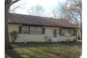 826 Cleary Ave, Junction City, KS 66441