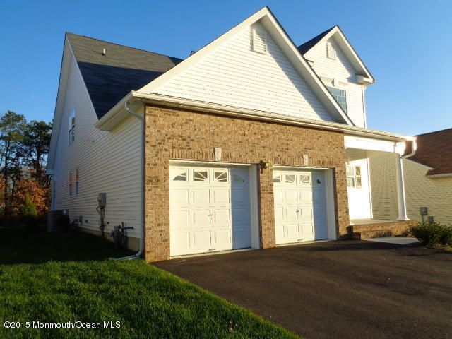 32 Little Leaf Ln Howell Nj 07731 Home For Sale And
