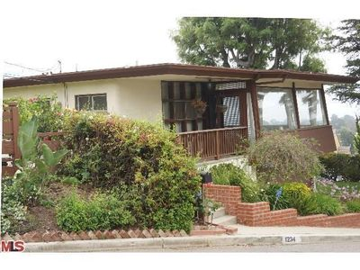 1234 Rimmer Ave, Pacific Palisades, CA