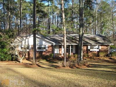 750 Swan Lake Rd, Stockbridge, GA