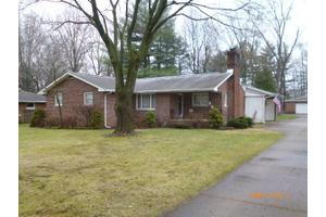 6425 Lake O Springs Ave NW, Canton, OH 44718