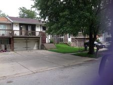 21747 Peterson Ave, Sauk Village, IL 60411
