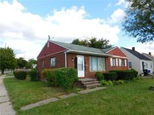 4181 Lee Rd, Cleveland, OH 44128