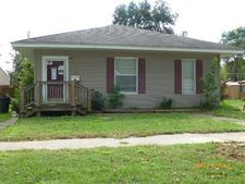 112 W Parker Ave, Chaffee, MO 63740