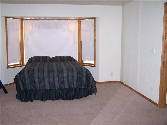 susanville mature singles Very nice home in mountain view rv park 3 bedroom, 2 bath home with approximately 1,560 on the largest lot in the park new interior and exterior paint, newer carpet, large kitchen, vaulted ceilings, formal dining area.