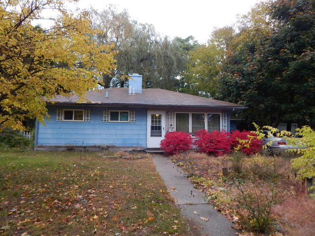 714 n rowe st ludington mi 49431 home for sale and real estate listing