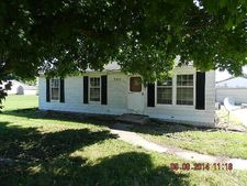 707 Meadowdale Dr, North Manchester, IN 46962