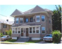 8-10 Lincoln St, Pittsfield, MA 01201