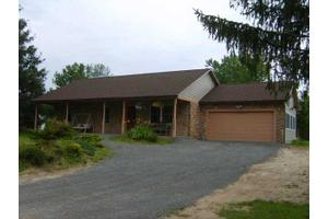 4689 Lincoln Rd, Walworth, NY 14502