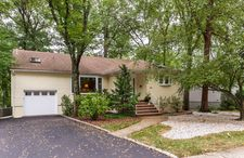 101 Twin Oaks Oval, Springfield Twp., NJ 07081