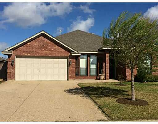 909 Ladove Dr, College Station, TX