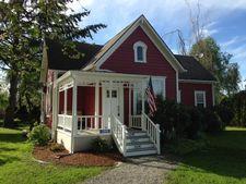 13948 Holly Ln, Mount Vernon, WA 98273