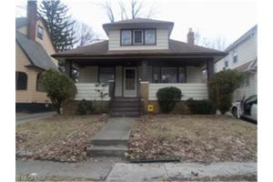 3956 Navahoe Rd, Cleveland Heights, OH 44121
