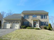 3731 Stonewall Manor Dr, Triangle, VA 22172