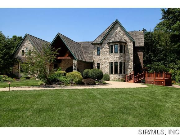 8724 pin oak rd edwardsville il 62025 home for sale