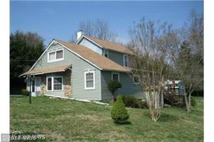 2902 Knoll Acres Dr, Baltimore, MD 21234