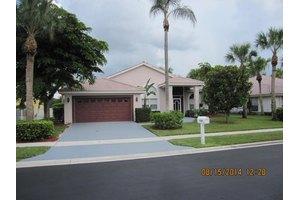 9364 Lakeside Ln, Boynton Beach, FL 33437