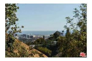 1635 Ferrari Dr, Beverly Hills, CA 90210