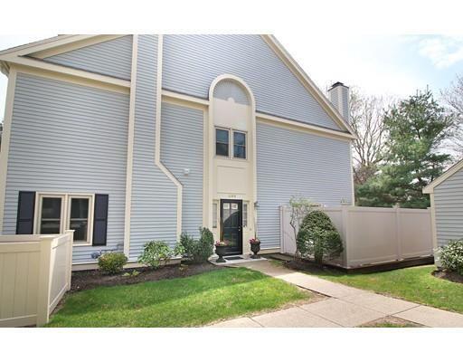 1100 lagrange st unit 1103 boston ma 02132 home for. Black Bedroom Furniture Sets. Home Design Ideas
