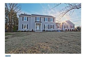 3 Fairfax Ct, West Windsor, NJ 08550
