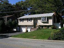 5 Godfrey Ave, Bayville, NY 11709