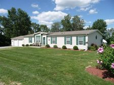 15053 Goshorn Rd, Demossville, KY 41033
