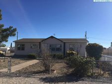 311 Elguea Ave, Hurley, NM 88043