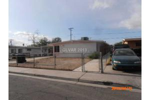 2811 Flower Ave, North Las Vegas, NV 89030