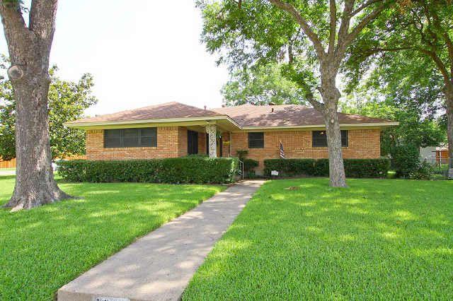 1802 Patricia Ln, Garland, TX 75042