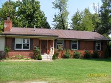 800 Hill St, Livermore, KY 42352