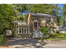 11 Taylor Rd, North Reading, MA 01864