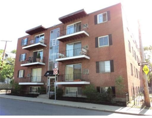 79 Poplar St Apt 1 Boston, MA 02131