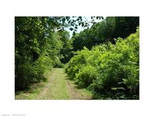 18 Frederick Dr, Cornwall, CT 06754